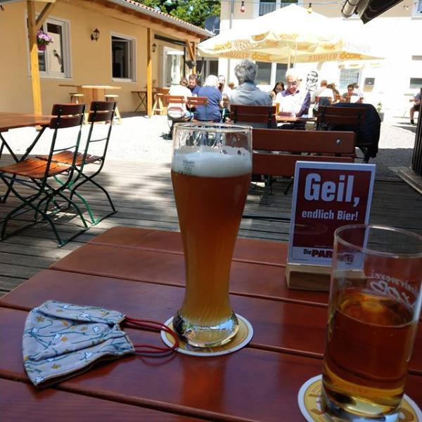 Die PARTEI: Vatertag am Schlossberg